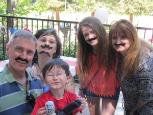 Willy, Pam, Rebecca, me, and Mariano.... with no mustache?