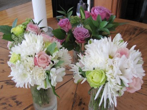 Bridesmaids and flower girl bouquets and one to throw away!